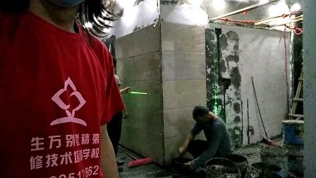 广西潘石学习贴墙砖的第三天的墙砖,铺贴瓷砖培训课程验收,合格