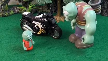 巨人为了让小怪开心,就去和猪爸爸借了摩托车,不知道小怪会不会开心