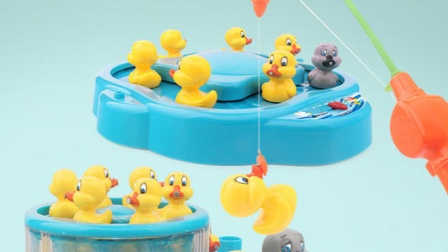 可以钓小鸭子的奇怪玩具,你想玩吗?一起来见识下!