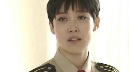 红十:班集体探望女班长,不料只看到一封信,打开瞬间泪目了