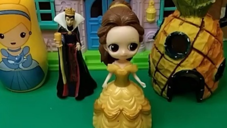 小朋友和王子都喜欢白雪?贝尔知道了,她真的很生气