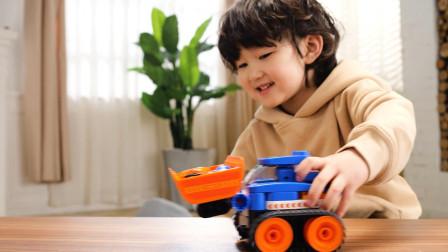 儿童积木玩具试玩:鲁鲁百变轻型履带铲车