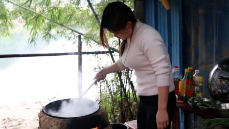 表妹花五块钱做的荤菜,好吃又美味,你们都喜欢吃吗