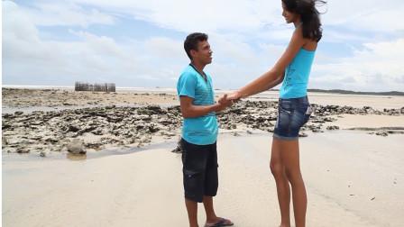 世界上最萌的身高差,女生比男生还高出一米,真正的爱情!