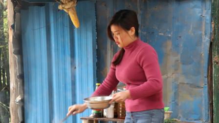 表妹为了减肥,午餐只煮了一个青菜吃,猜猜表妹能减肥成功吗