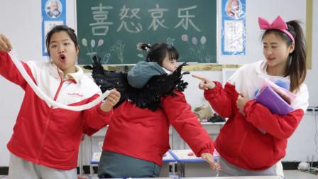 柚柚翅膀的羽毛折断,胖芸儿出招黏上去,学霸都没想到