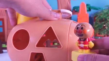 玩具故事:面包超人的小黄车来噜
