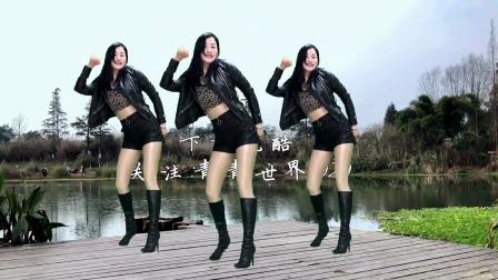 青青教你跳68步广场舞《孤独的王DJ》热播版