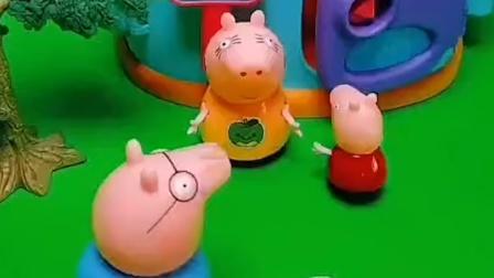 佩奇一家吃饭,要说暗号,没想到只有猪爸爸答错了