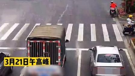 货车闯红灯,只为给救护车让道