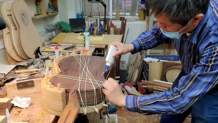 古典吉他 捆绑式镶边工艺 小蒋吉他广州市水荫路工作室