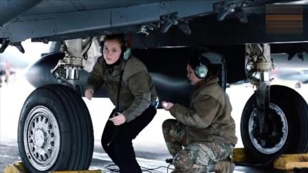 英军女飞行员驾驶F15战斗机,连地勤人员也是清一色女性