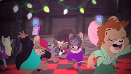 搞笑动画:杰瑞在家里举办了舞会,快来一起嗨嗨嗨!