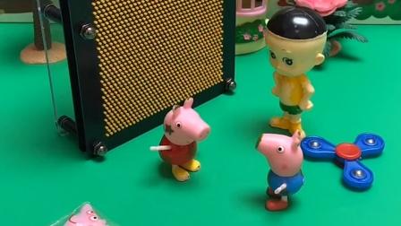 乔治和大头他们一起玩,乔治是猜出了大头和佩奇,他们还看见了僵尸