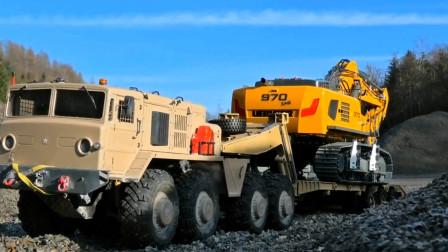 工程车挖掘机与卡车联合运输小石块 创意玩具