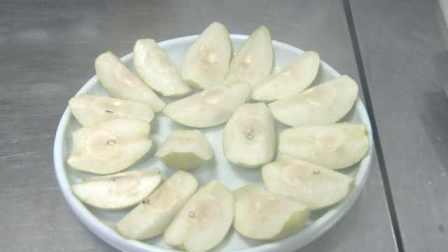 香梨还能涮火锅?西汉张骞带来梨种,库尔勒人民解锁花样吃法