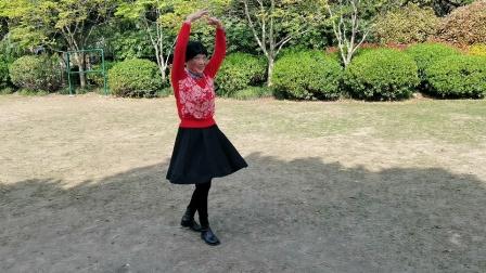 (36)广场舞《红唇》篮球公园独跳。徐淡吟老師🌹🌴💄💐
