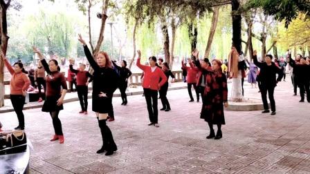 2021《热播最火》64步广场舞,动感又带劲