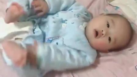 6个月大的宝宝办夜不睡觉,一直念叨爸爸,让为娘都吃醋了