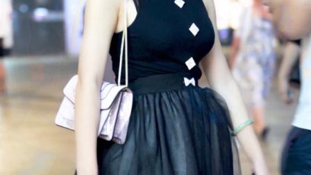 优雅黑裙!