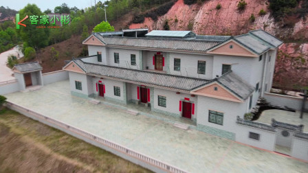 广西土豪两兄弟建的别墅,老大古典豪宅,老二洋楼,谁家的风水更好?