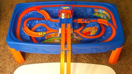 彩色小汽车玩桥梁发射轨道
