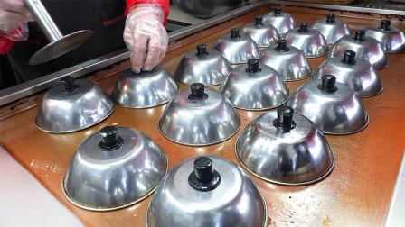 小伙继承父亲手艺,18个锅盖同时做,每天限定300个,5小时全卖光