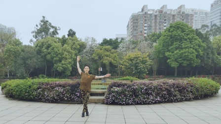 福州周周广场舞【今夜北方飘着雪花】背面编舞花与影