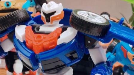 变形玩具车,来玩小汽车玩具吧!