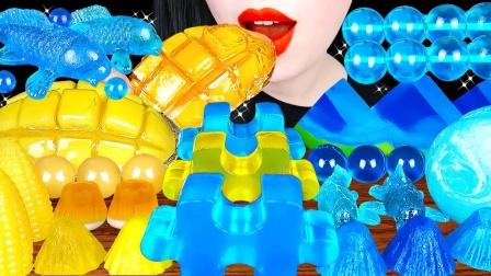 自制的创意造型果冻,晶莹剔透如同水晶,鲜艳的色彩令人眼前一亮