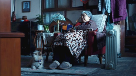 老人过世多日才被发现,不愿意麻烦子女,只好孤独在家等死!