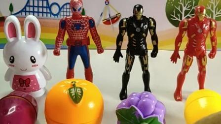 萌娃玩具:黑代金刚侠超喜欢吃葡萄