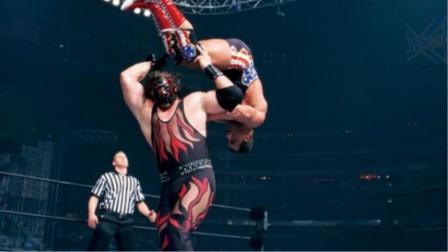 奥运冠军vs恶魔凯恩 锁喉抛摔遇到后抛摔!