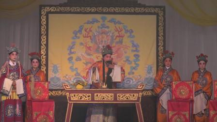 剧团演出秦腔《大登殿》,演员在演唱上归韵到位,唱得有板有眼