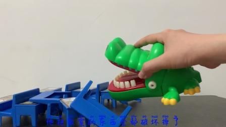 益智玩具:恐龙在教室里搞破坏