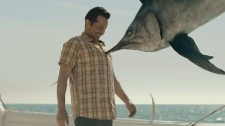 """钓上这种""""怪鱼"""",一旦操作不当,当场丧命"""