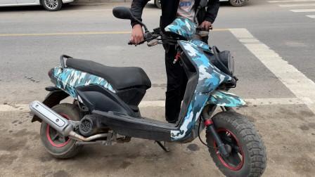 这才是给摩托车原地调头最简单的方法?学会后小姐姐也能轻松操作