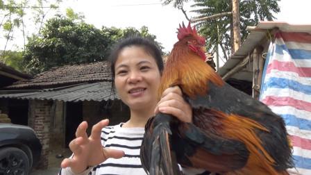阿布抓大阉鸡做了最喜爱吃的盐焗蒸鸡,出锅那一刻,真是太馋人啦