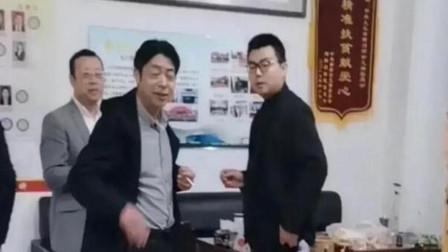 错换人生28年男主郭威和他舅舅太像了,五官看过去是一模一样
