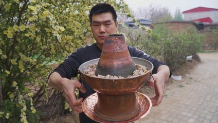 阿远今天做铜锅清汤牛腩,吃肉喝汤,蘸蒜汁吃肉别有一番滋味