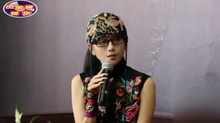 杨丽萍和男徒弟一起跳舞,动作亲密被放大后,网友:难以接受。