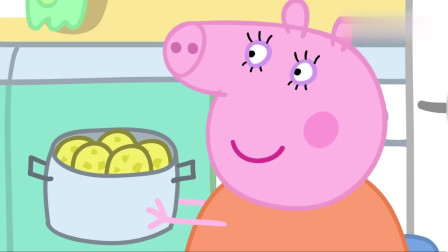 小猪佩奇:乔治喜欢拿自己的手来画画,是个小孩子呀!