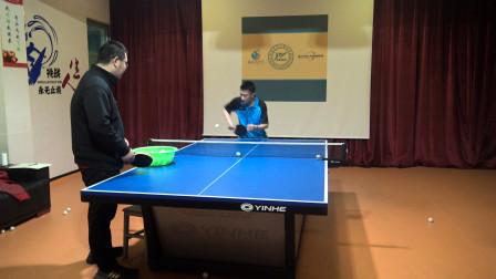 乒乓球直板对付正手短球好用的一招:正手拧,效果超好!