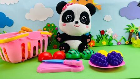 跟着妙妙一起来玩切水果游戏吧!