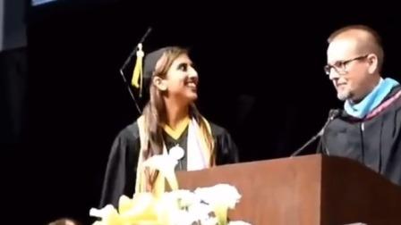 韦德现身你的毕业典礼是种什么体验?看到这位女大学生我羡慕了!