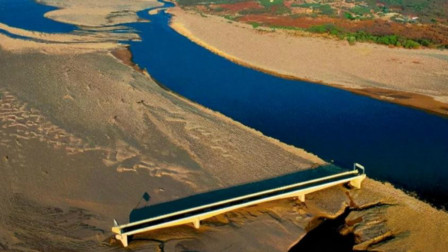 史上超无语事件,洪都拉斯遇上百年最强飓风袭击,桥在河却跑了!