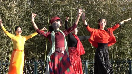广场舞《最炫民族风》歌声悠扬,杜老师舞步活泼可爱