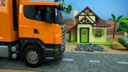 环卫车收集各种垃圾 汽车玩具视频