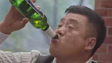 白酒五斤半啤酒随便灌,看看什么才是真正的酒神