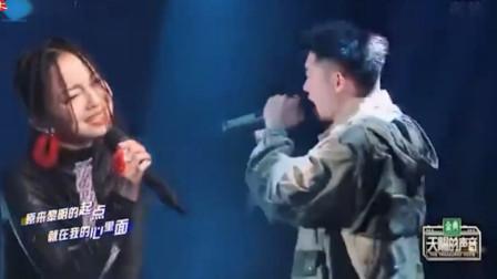 张韶涵翻唱太牛了,把原唱往绝路上逼!网友:没点实力都不敢同台